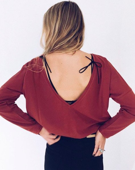 BACKLESS LONGSLEEVE