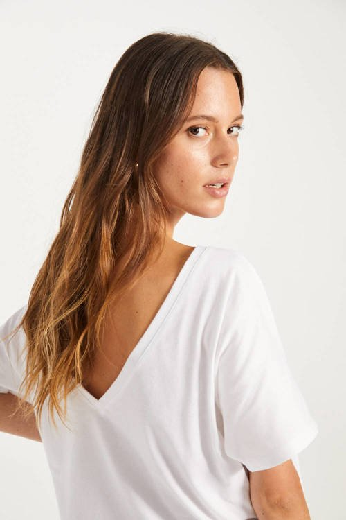 T-SHIRT V-BACK WHITE